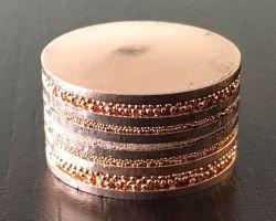 銅板と銅粉の積層焼結(新素材)