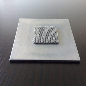 アルミニウム積層焼結とプレートの同時焼結